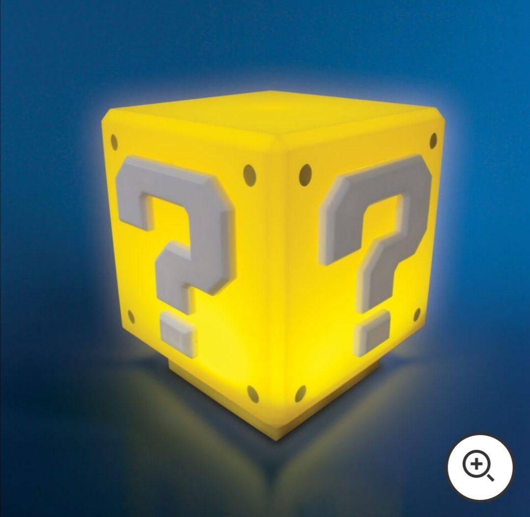 Lámpara cubo interrogante Super Mario