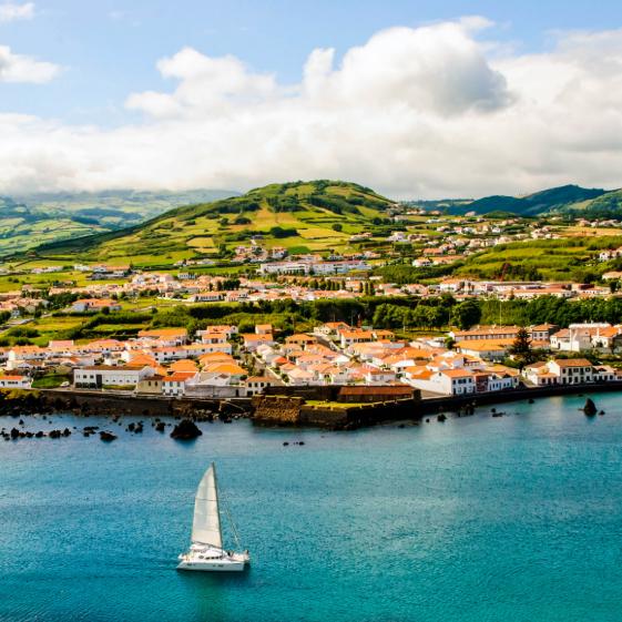 Azores: 7 noches + vuelos = 99€ en JUNIO