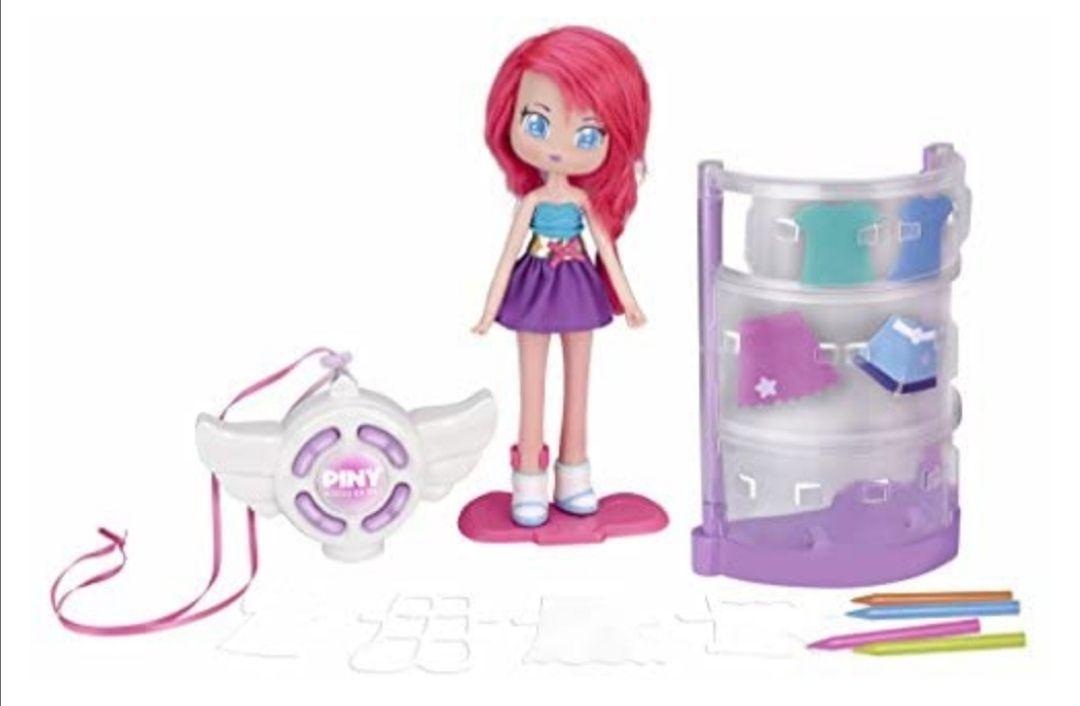 Piny Fashion Doll- Piny KT Fashion Tester con muñeca Michelle