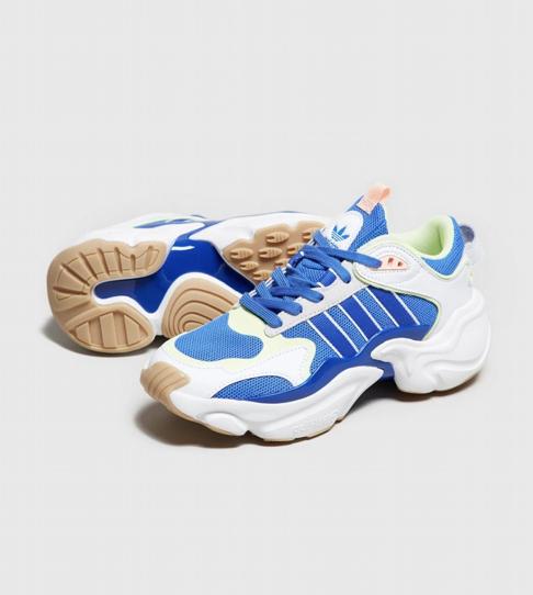 Zapatillas para mujer Adidas Magmur Runner