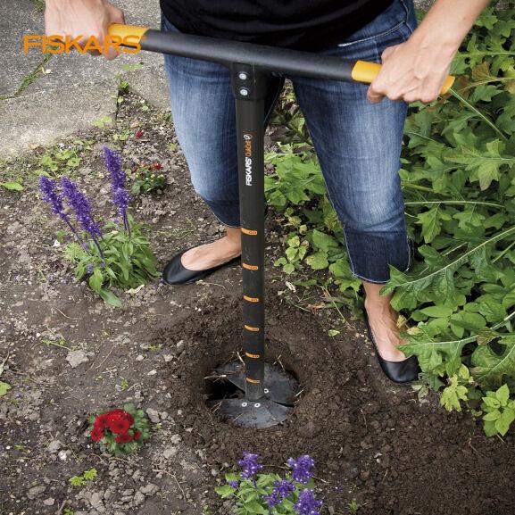 Fiskars Taladro manual para jardín 40,59€