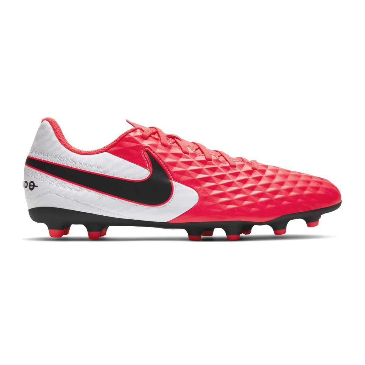 Botas de fútbol Nike Tiempo Legend 8 Club MG 19,95€