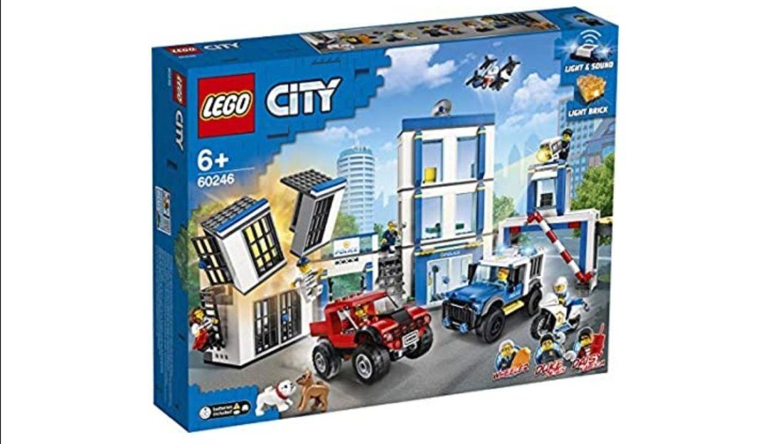 LEGO City Police - Comisaría de policía, juego de construcción, incluye celda de juguete