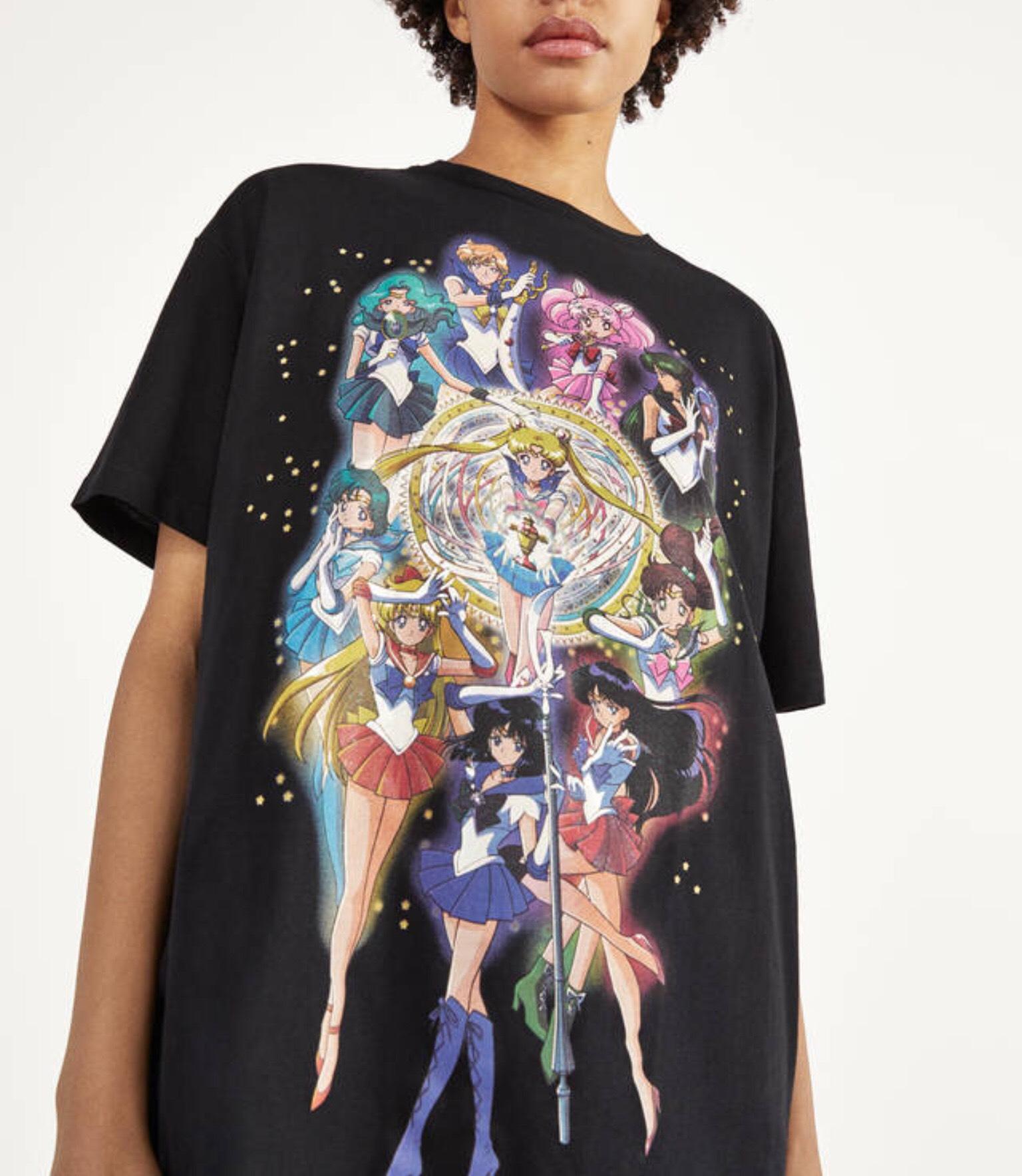 Camiseta de Sailor Moon a 8,99 en Bershka!