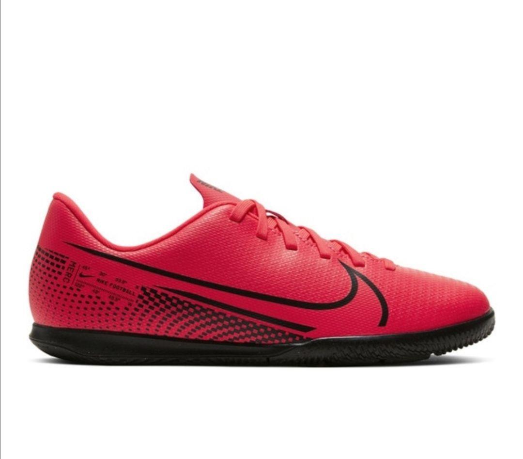 Zapatillas de fútbol sala de niños Mercurial Vapor 13 Club IC Nike (varios modelos)