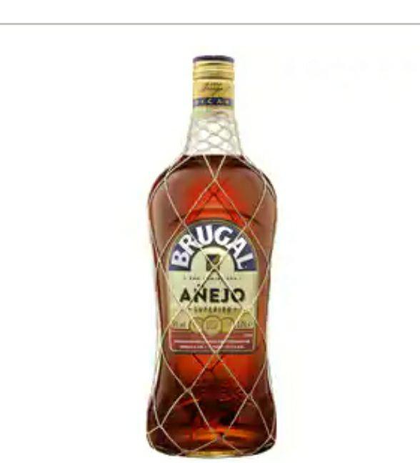 Ron dominicano añejo de calidad superior BRUGAL botella de 1.75 l
