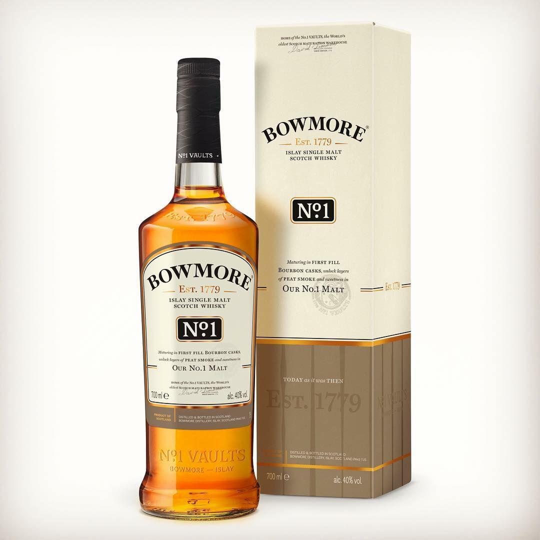 Bowmore No.1 Single Malt Whisky Escoces, 40% - 700 ml
