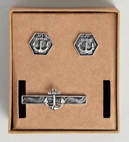 Set gemelos y alfiler de corbata con diseño náutico