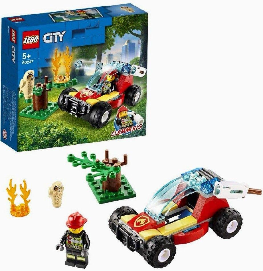 LEGO City Fire - Incendio en el Bosque. Incluye Cañón de Agua, Minifigura de Bombero y un Búho.
