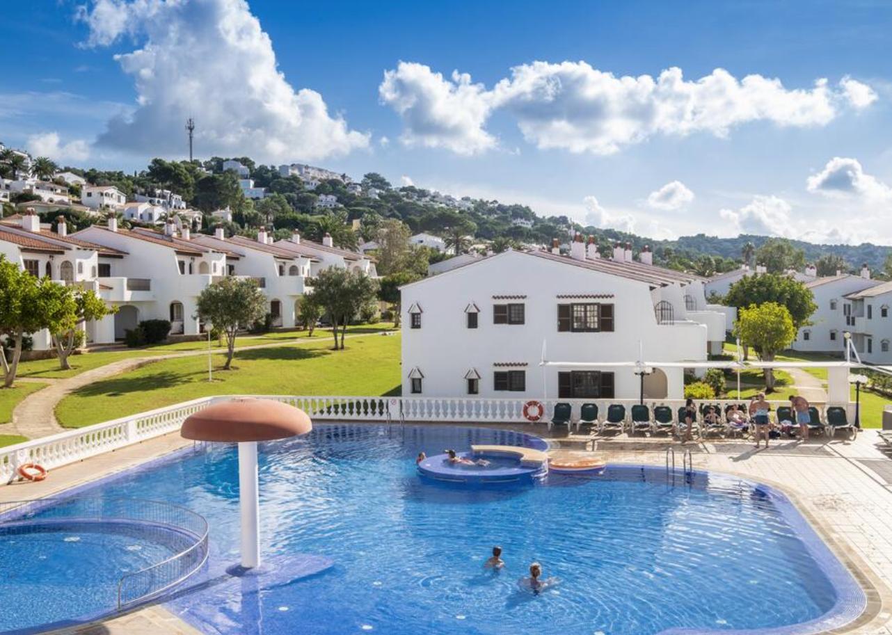 SEPT Menorca 95€/p = 3 noches en apartamento + vuelos desde Valencia