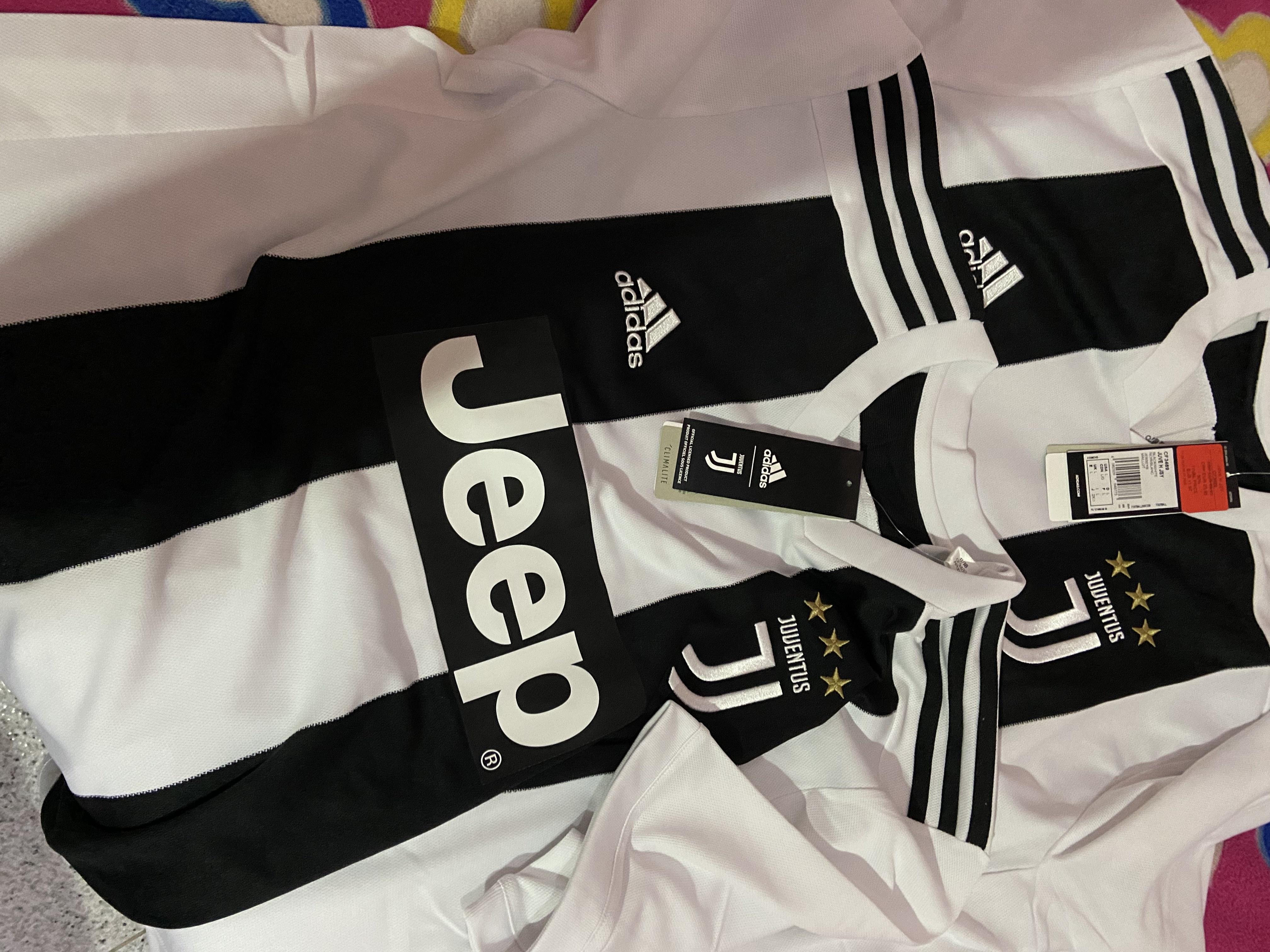 Camiseta Adidas Juventus 2018-2019 en Outlet Adidas de Viladecans (Barcelona).
