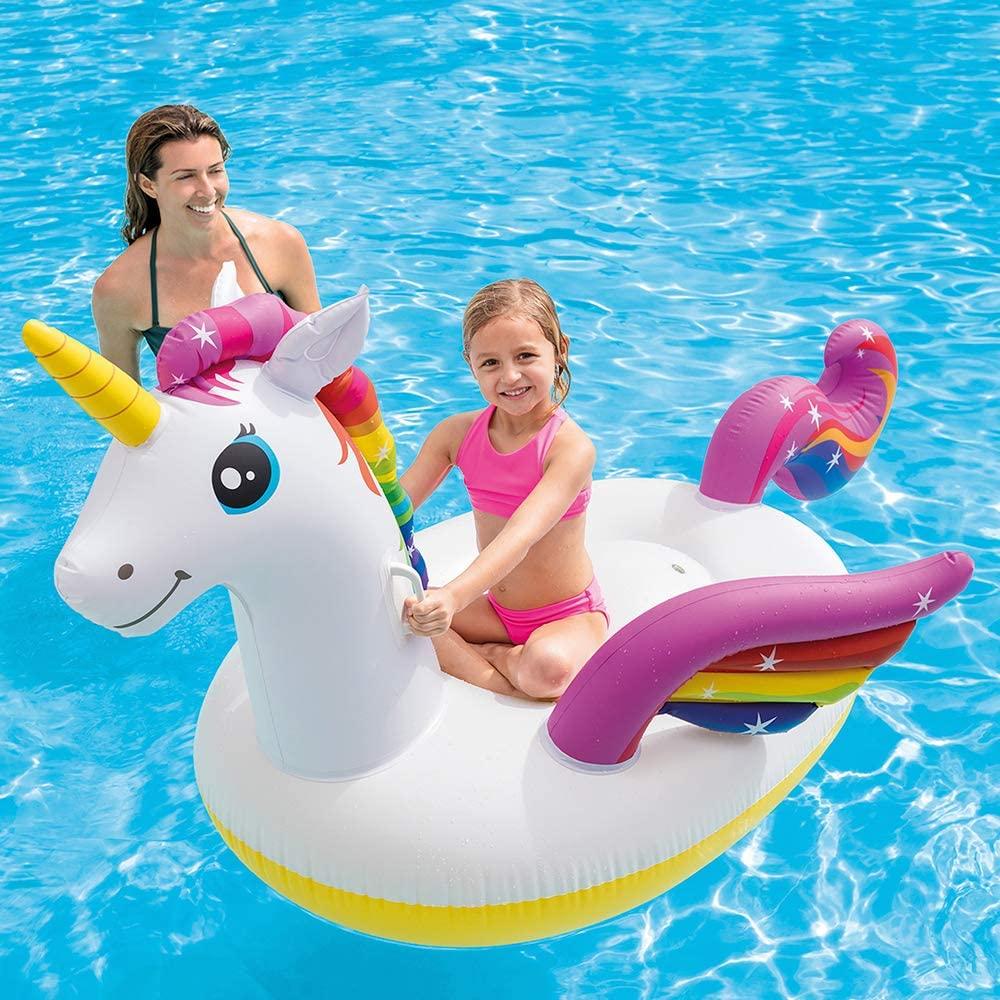 Pedazo de flotador de unicornio para la piscinita