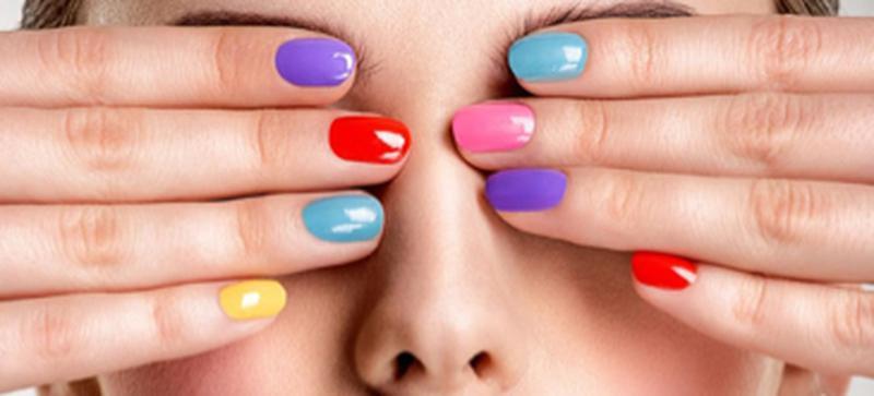 Curso de manicura y uñas, en español