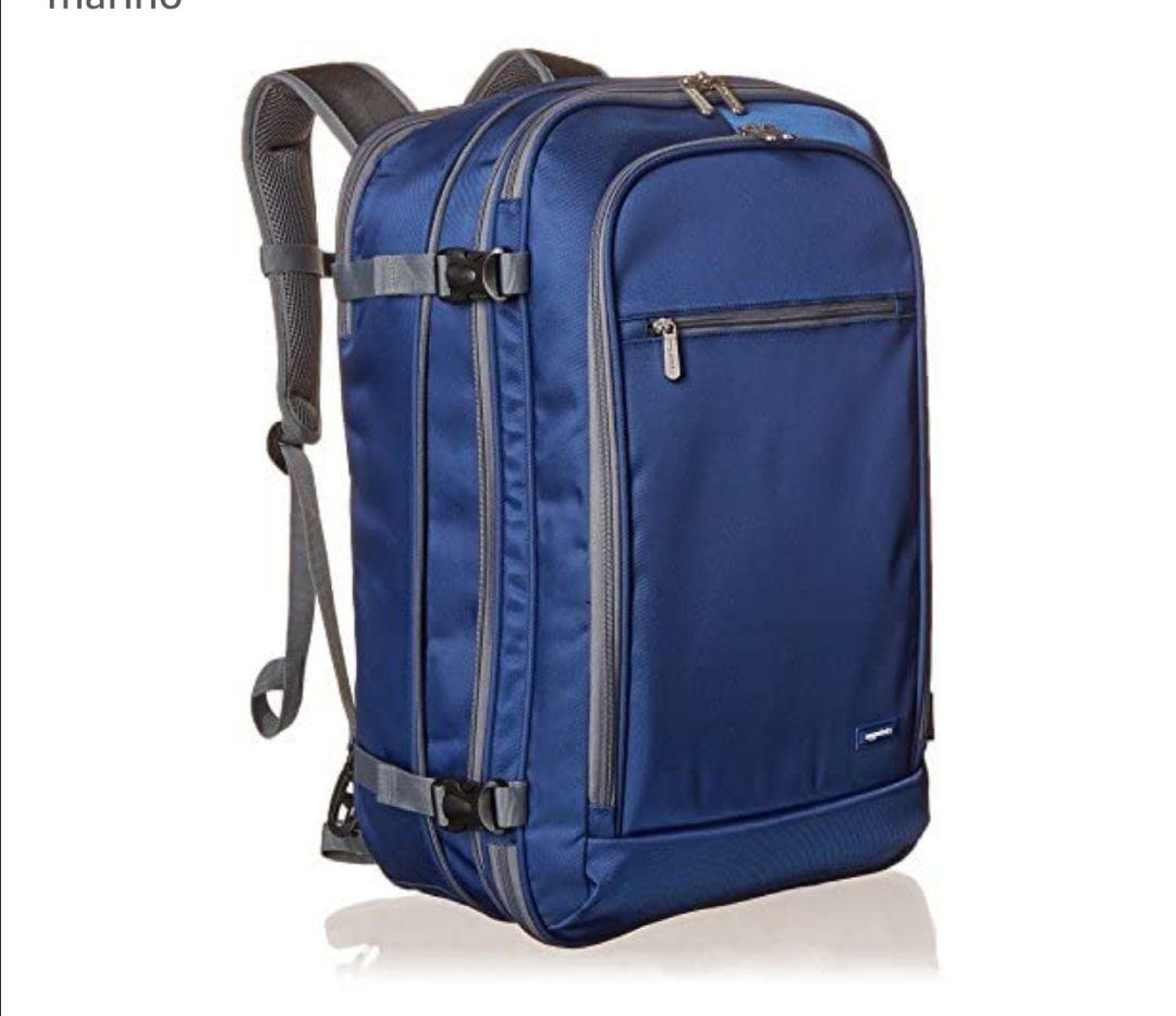 AmazonBasics - Mochila de equipaje de mano - Azul marino
