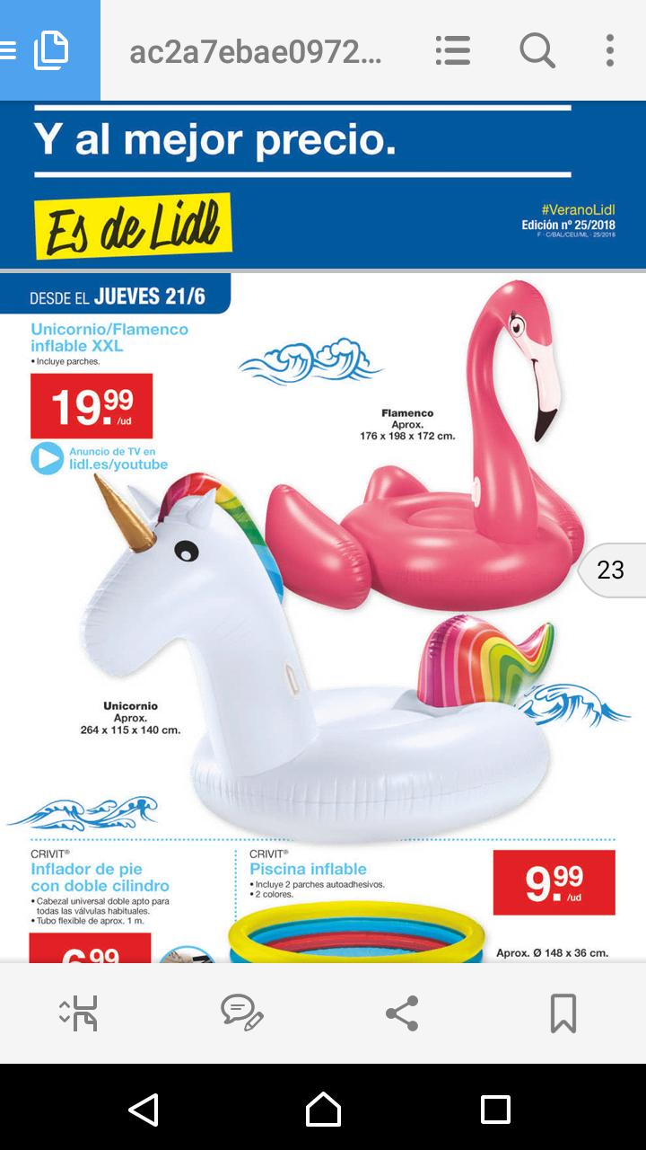 Los famosos flotadores gigantes de unicornio y flamenco