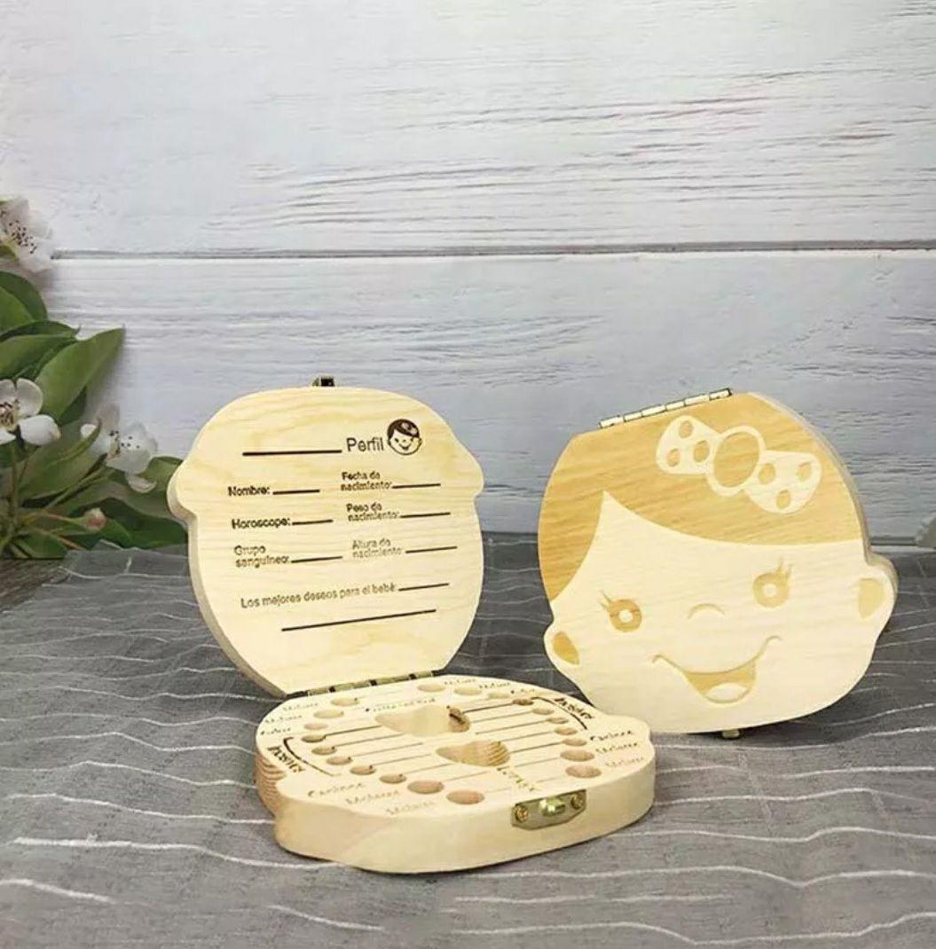 Cajita de madera para guardar dientes de bebé