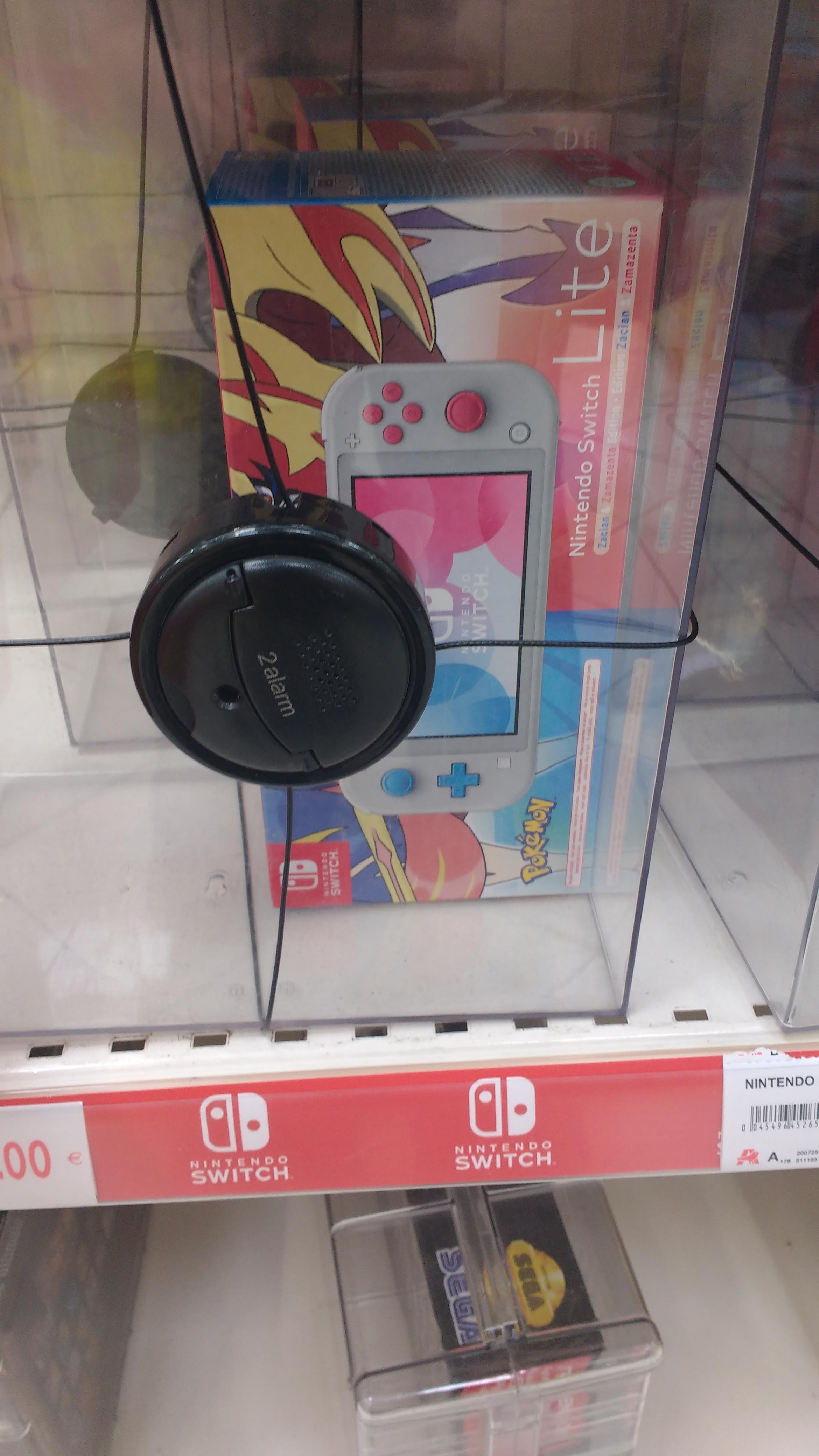 Nintendo Switch Lite edición Pokémon, Alcampo Aldaia
