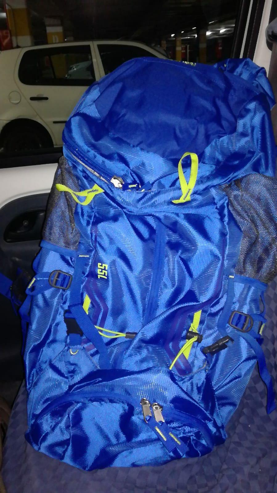 Liquidación de mochilas de montaña en Carrefour (Cocentaina)