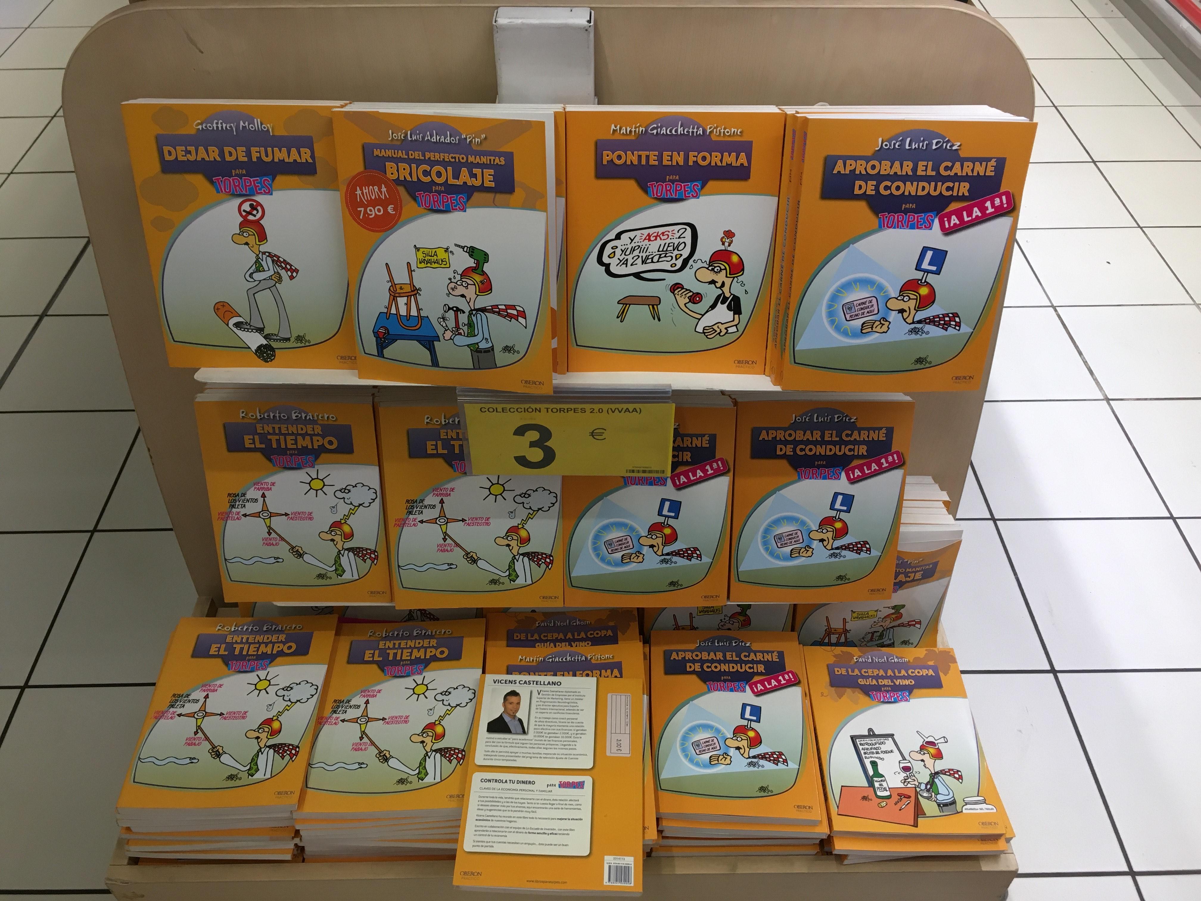 Colección libros para torpes en el Carrefour la sierra