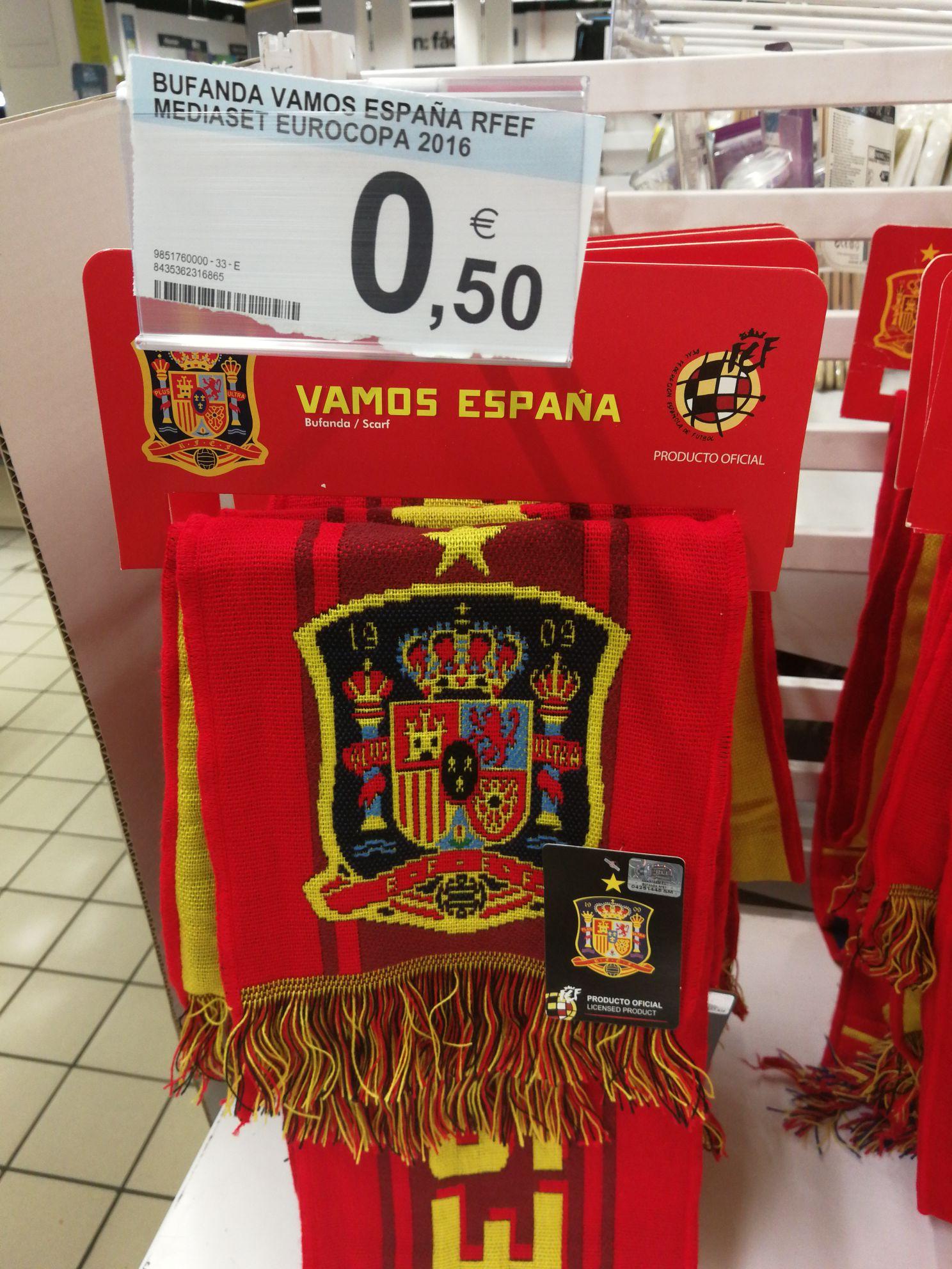 Bufanda Vamos España en Carrefour Madrid Sur