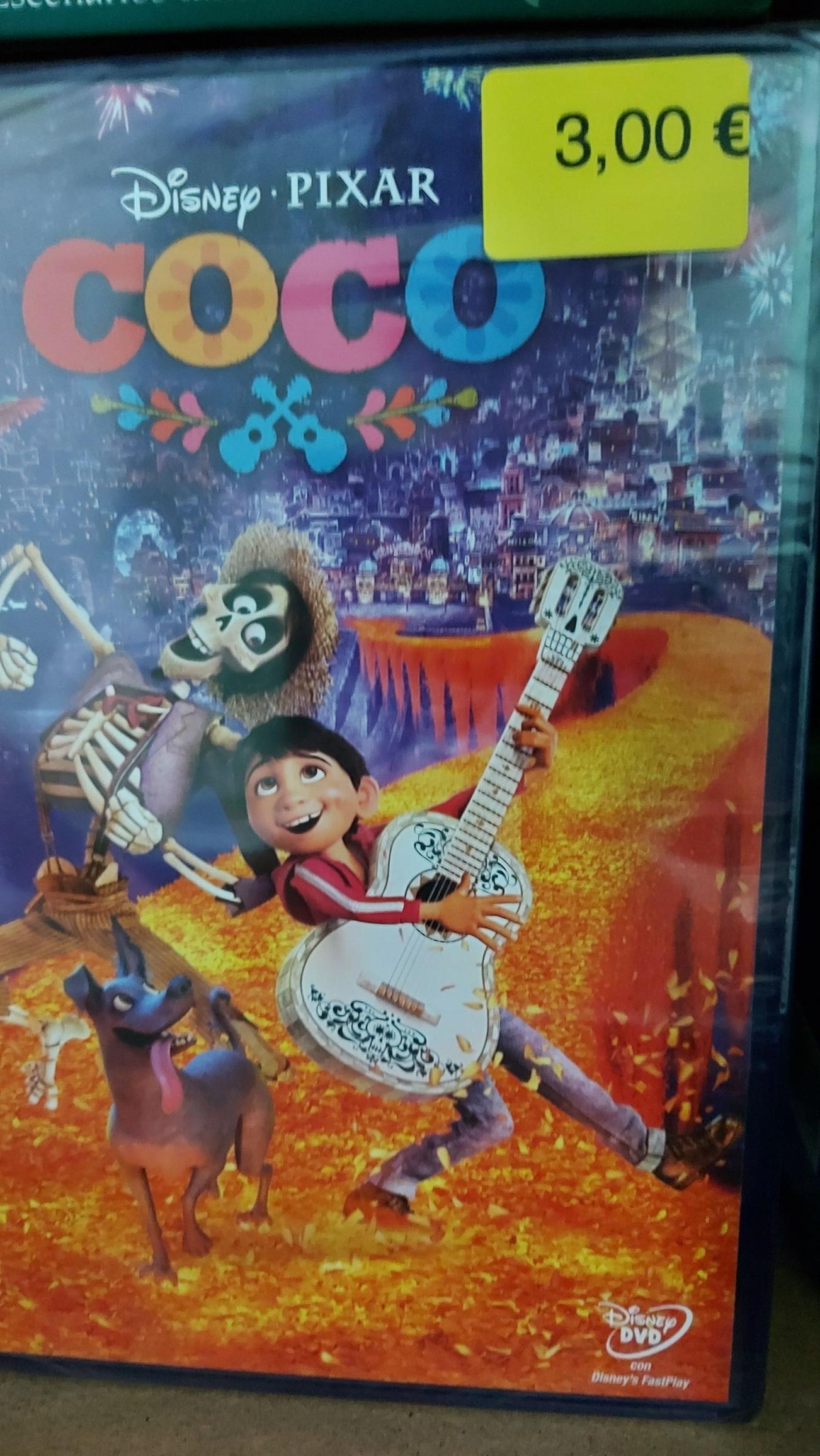 Pelicula Coco en DVD en carrefour de Águilas