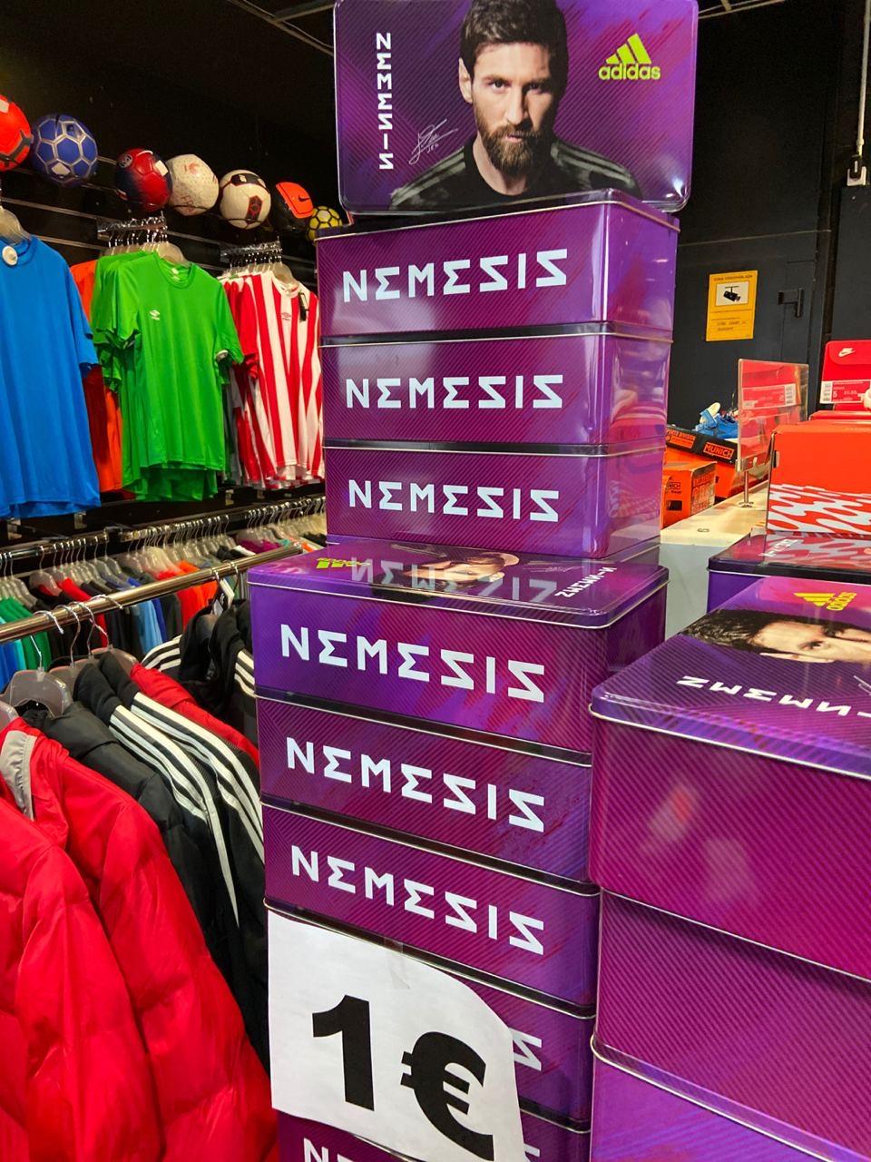 Caja metálica Adidas (Messi - Nemeziz)