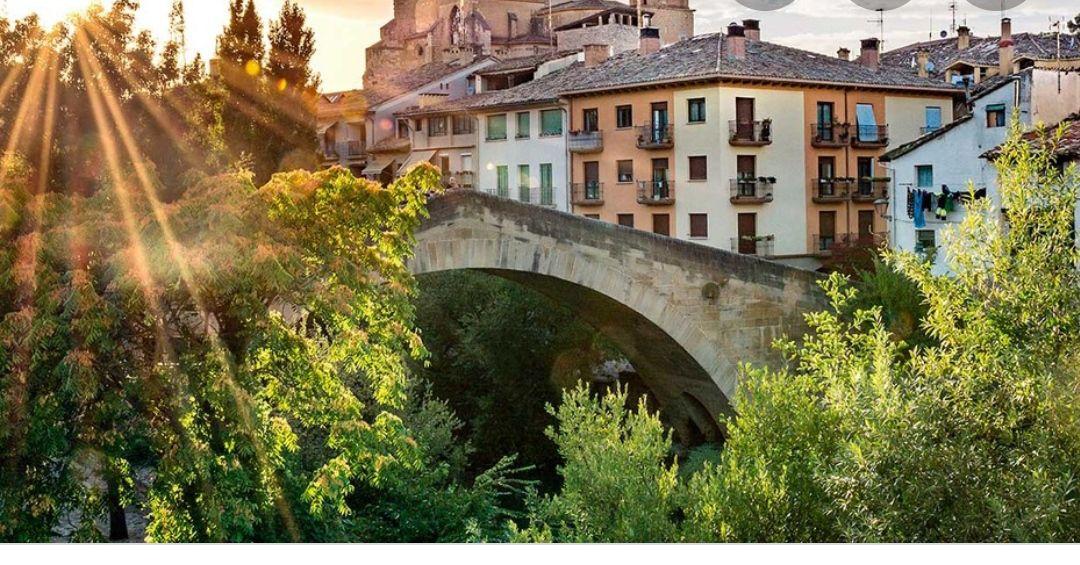 Navarra 2 noches hotel 3* + Desayunos +Visita Guiada a Bodega + Vino (Varias fechas) (PxPm2)