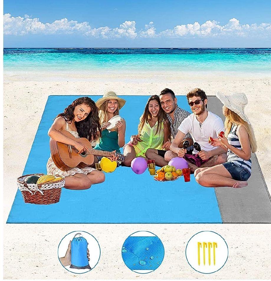 Alfombrilla de Playa Impermeable Anti arena de 210x200 cm con 4 estacas fijas