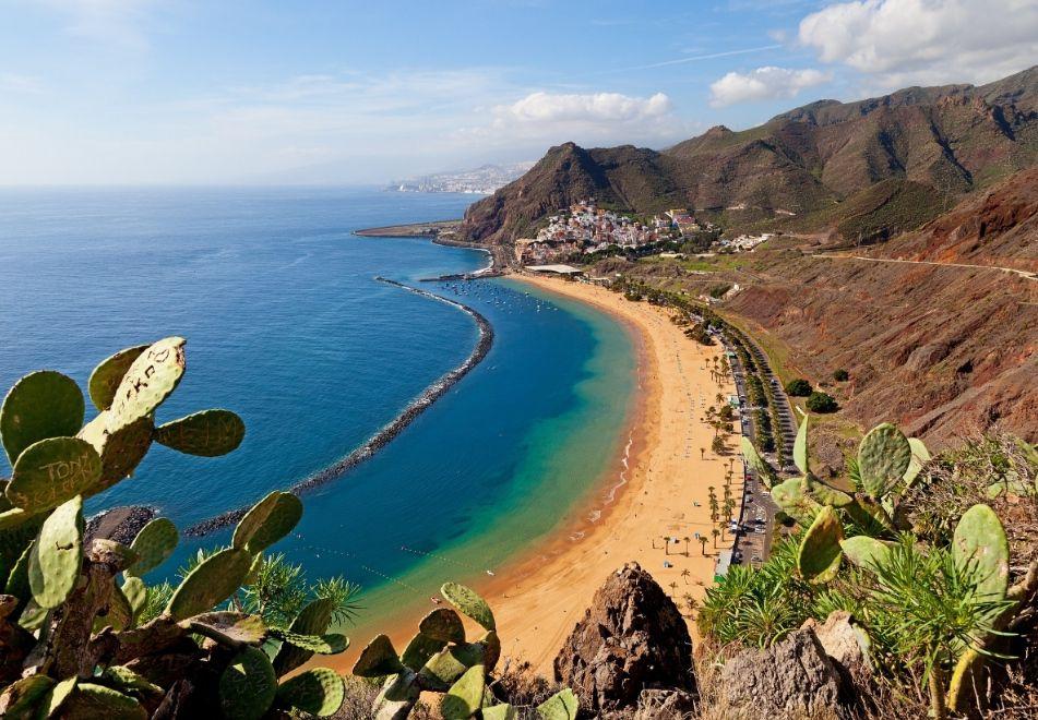 Tenerife 4 noches hotel 4* +Vuelos o con desayunos sólo 101€ (Sept/Oc) (Madrid) (PxPm2)