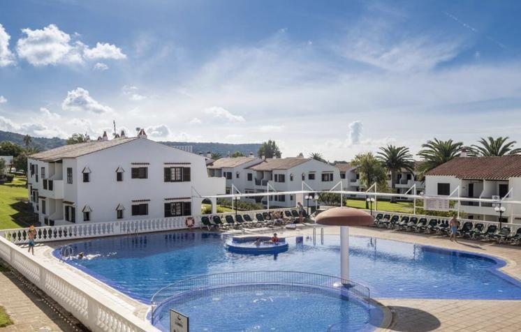 OCT Menorca 50€/p= 4 noches en aparthotel + vuelos desde BCN