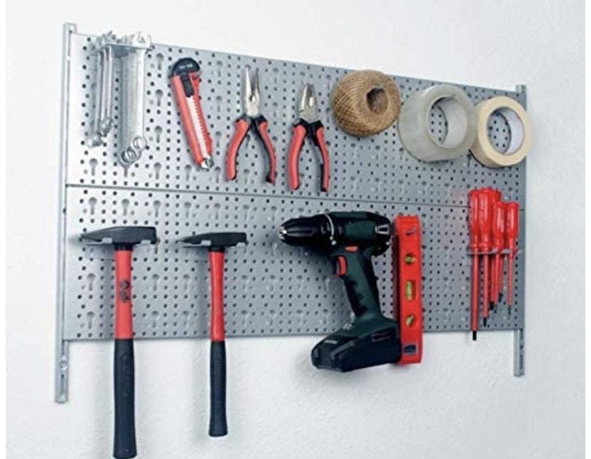Kit de garaje (incluye 2 paneles perforados, 2 bisagras, 18 ganchos, tornillos y tacos)