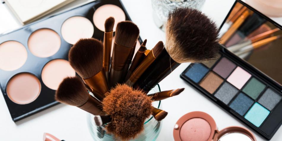 Recopilación de maquillaje de alta gama por menos de 10€