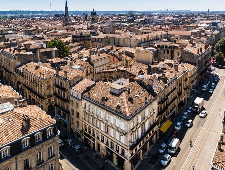 Burdeos (Francia) 3 noches hotel 3* + Vuelos (Varios Aeropuertos y fechas) (PxPm2)