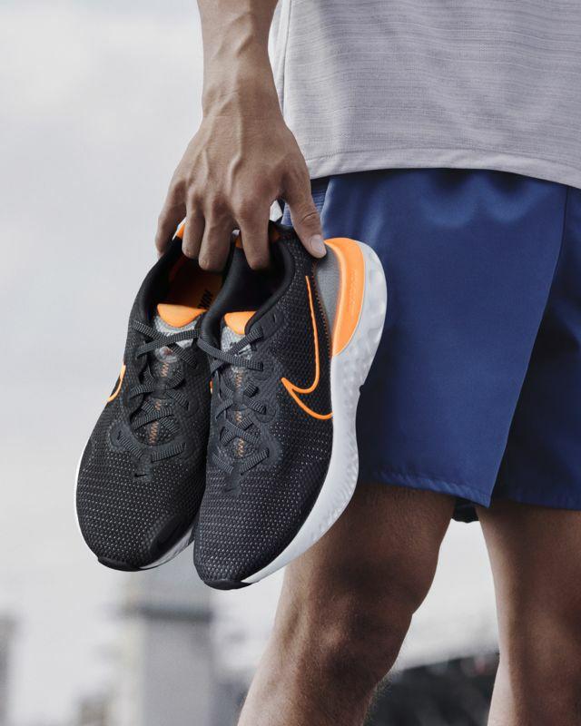Nike renew run. Tallas 38 a 47. Envío gratis al registrarse.
