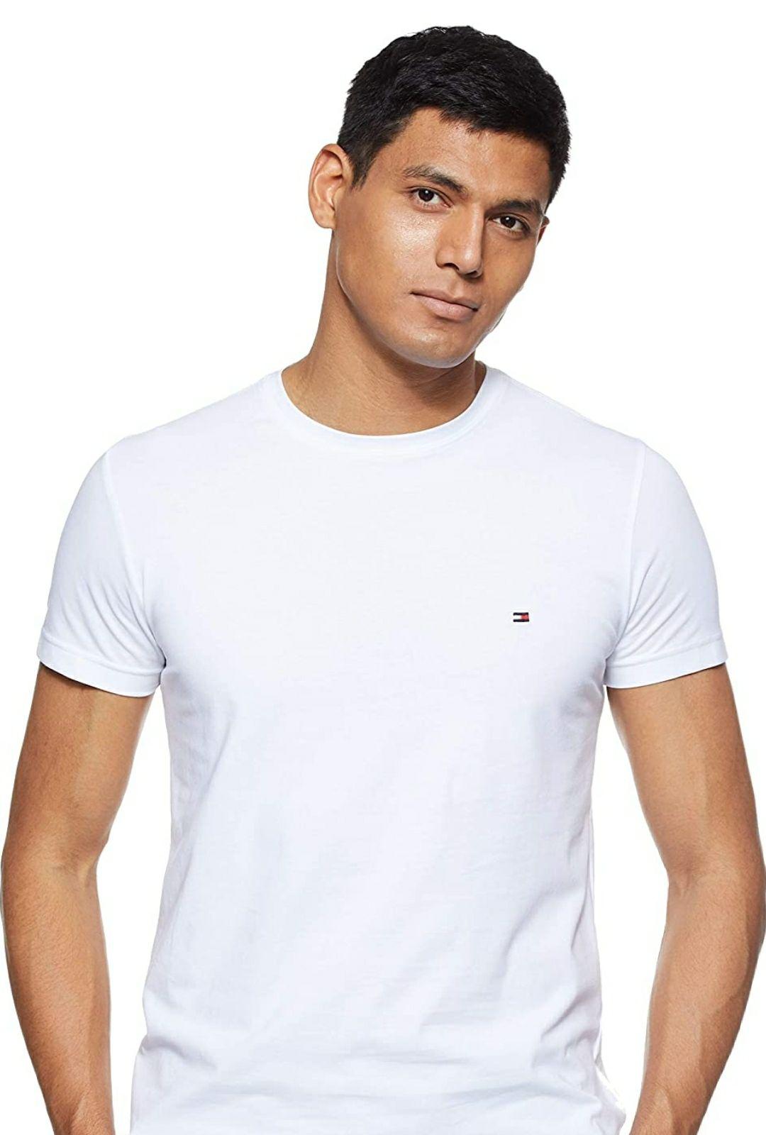 Camiseta Tommy Hilfiger. Tallas M y L. Talla S en gris a ese precio. Valoraciones muy buenas