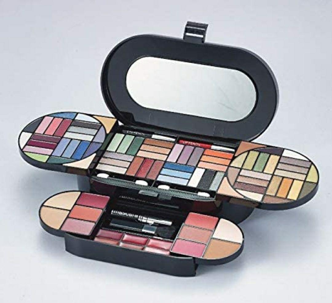Mya Cosmetics Kit de Maquillaje 1 Unidad 750 g