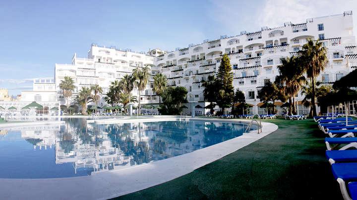 Pensión completa, relax y mucho más en Roquetas de Mar