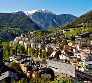 Andorra 97€/p: 3 Noches en Hotel 4* + Media Pensión + Spa en Julio y Agosto