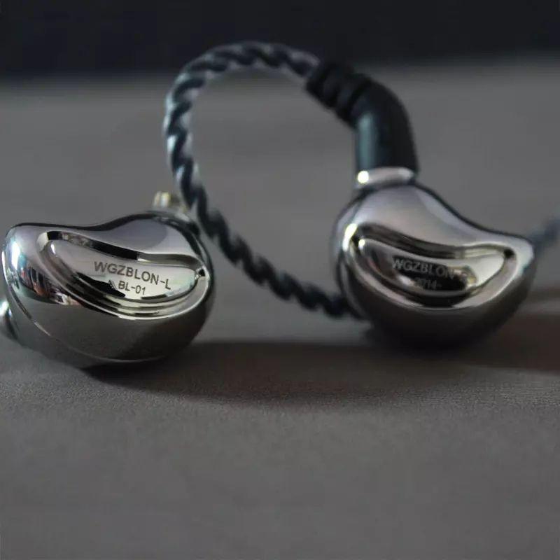 Nuevos auriculares Blon BL01 (dinamico / cable reemplazable) desde la APP