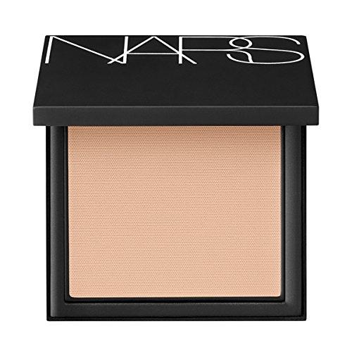 NARS Base de maquillaje all day luminous powder