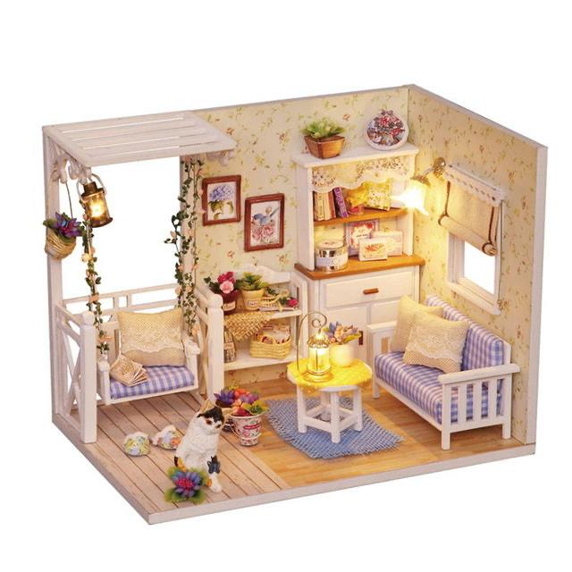 CASA de muñecas decorada 11,59€