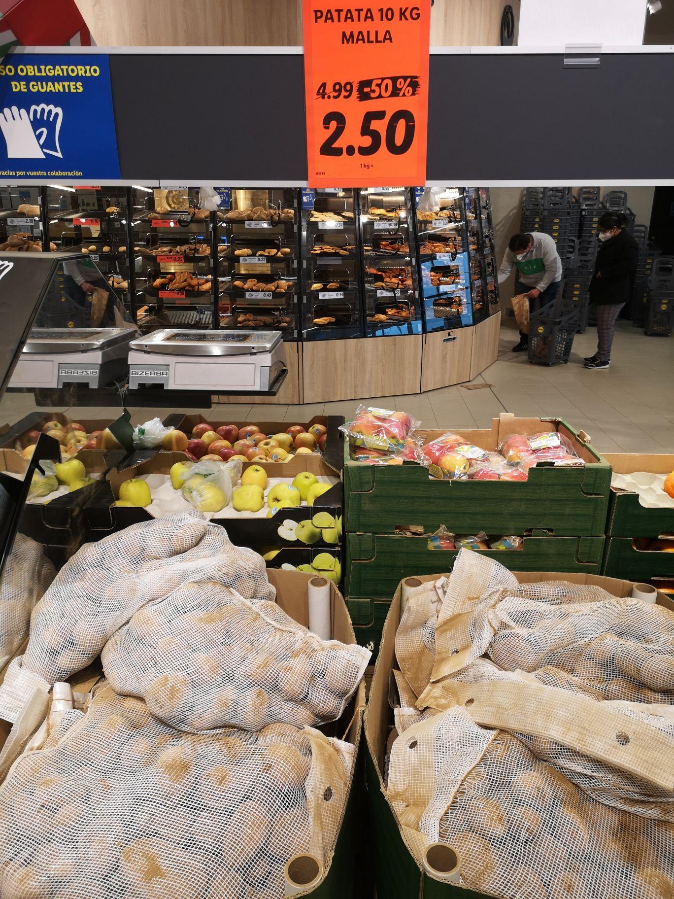 Patata, malla 10 kg/ 0,25€kg (Lidl avenida campones, 26,Gijón)