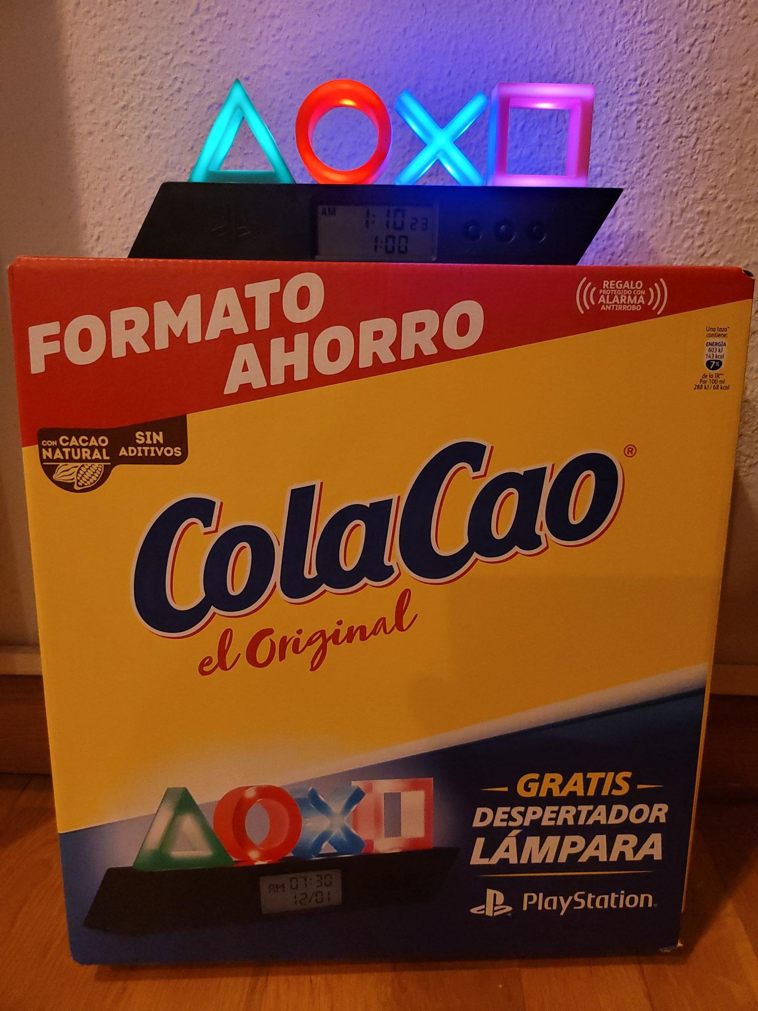 ColaCao 2.7kg + Regalo lámpara despertador PlayStation, Carrefour.