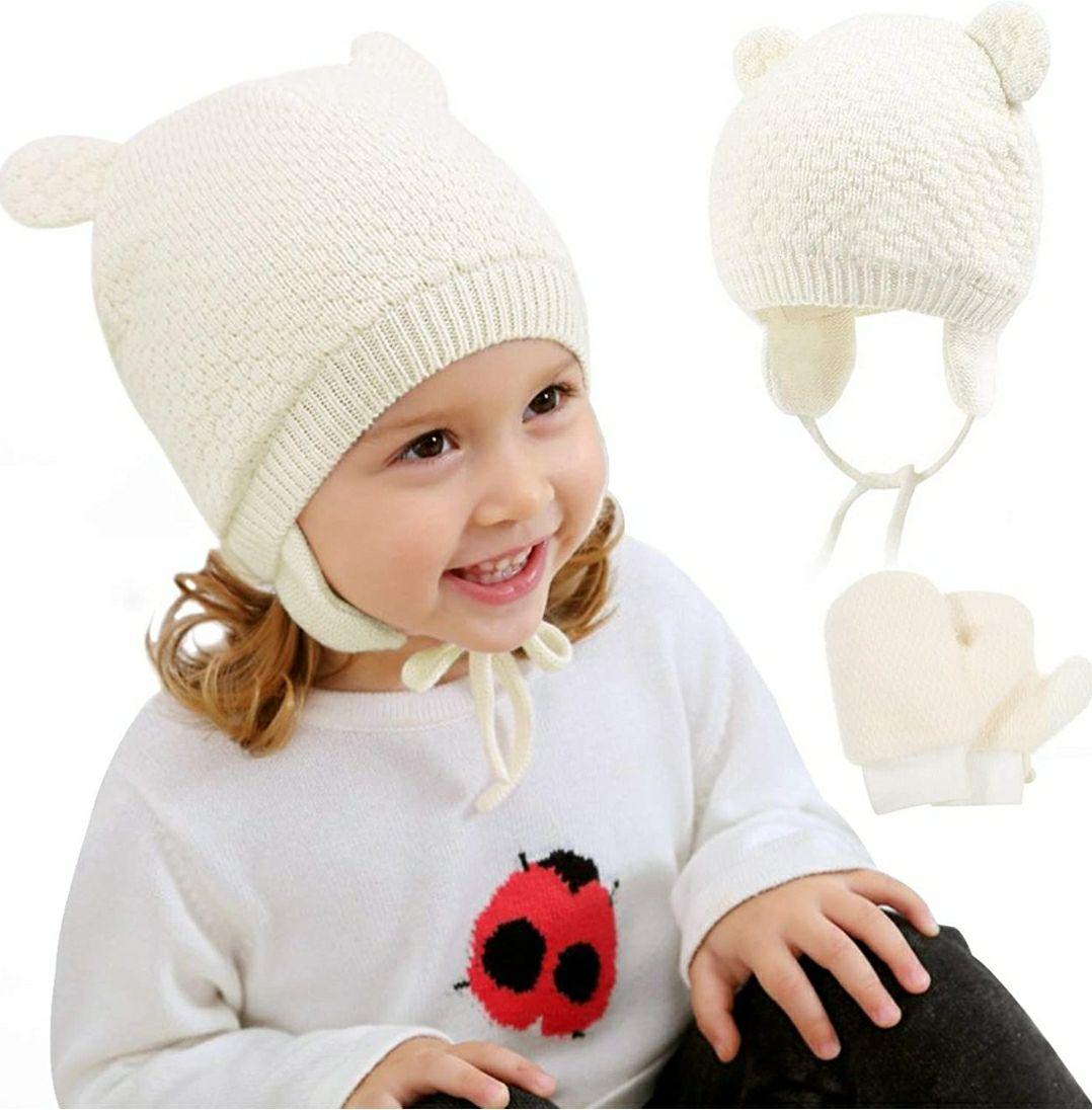 Set Gorro y guantes tejidos para invierno. Niños 1 a 3 años