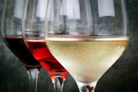 Recopilación de ofertas en vinos, cava y champagne en Carrefour y Froiz