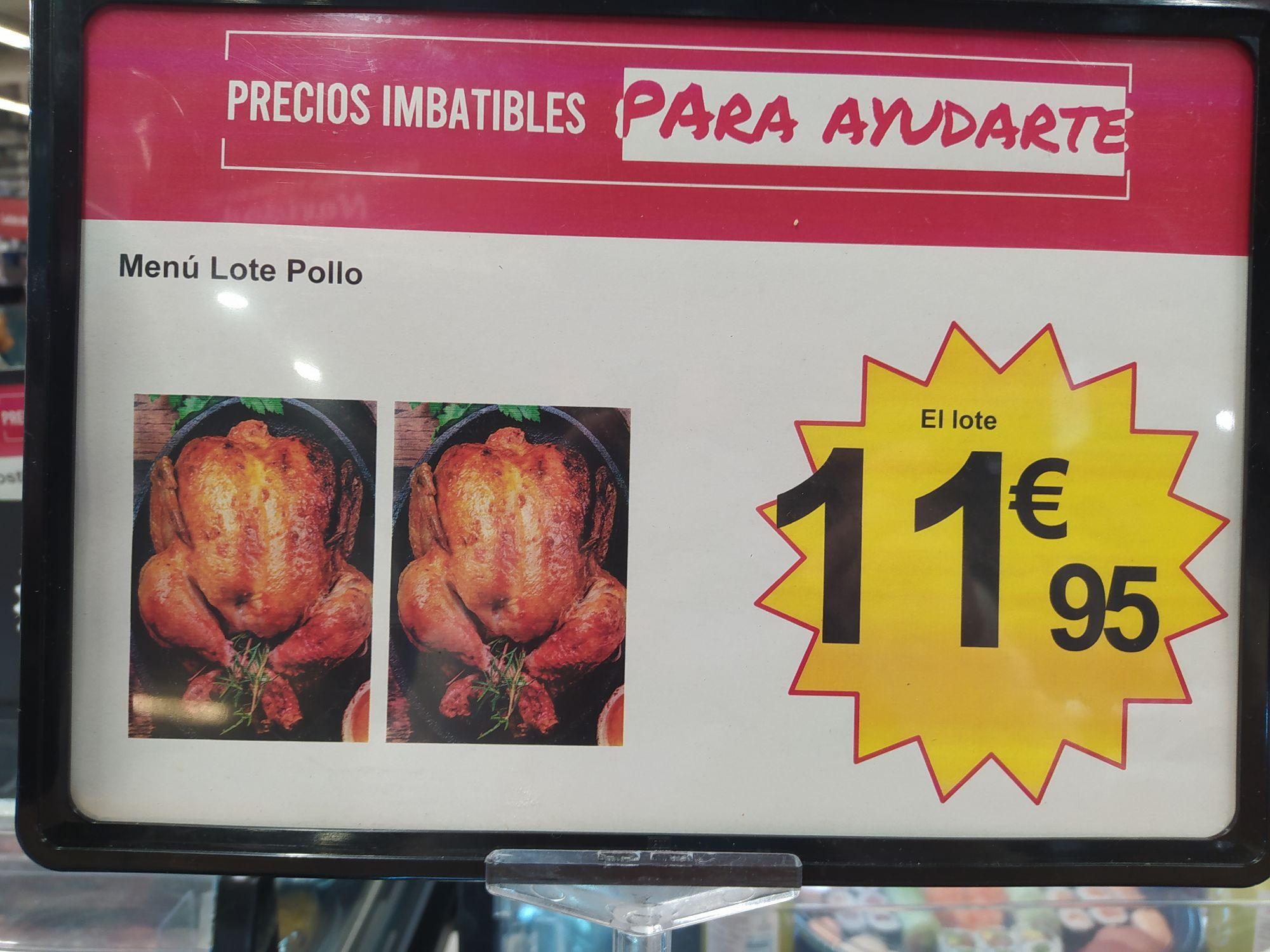 Dos pollos y una bolsa en Carrefour al lado de Plaza Norte 2 (San Sebastián de los Reyes)