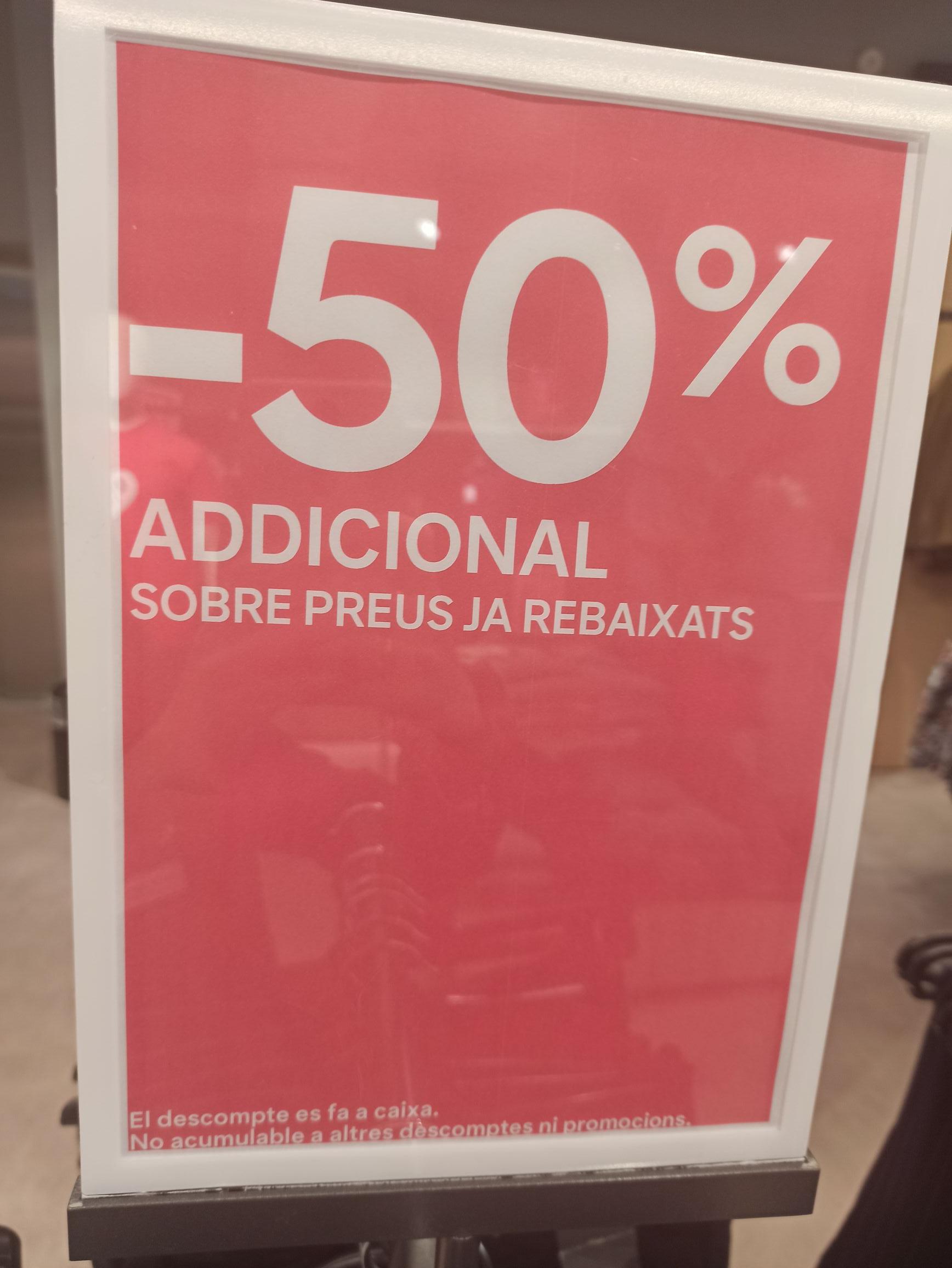 C&A TODO AL 50%