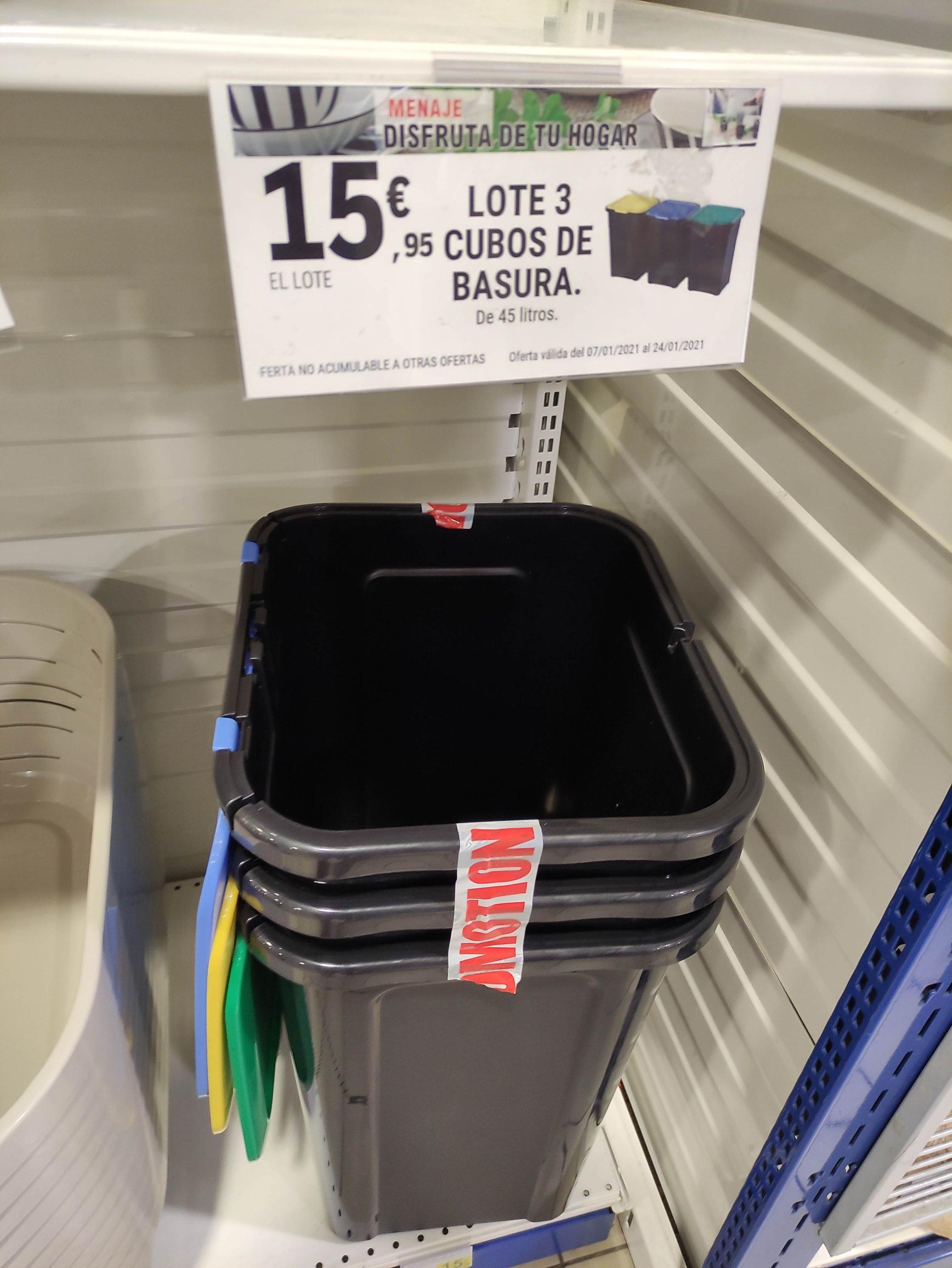 Lote 3 cubos de basura de reciclaje en el Leclerc de Ciudad Real