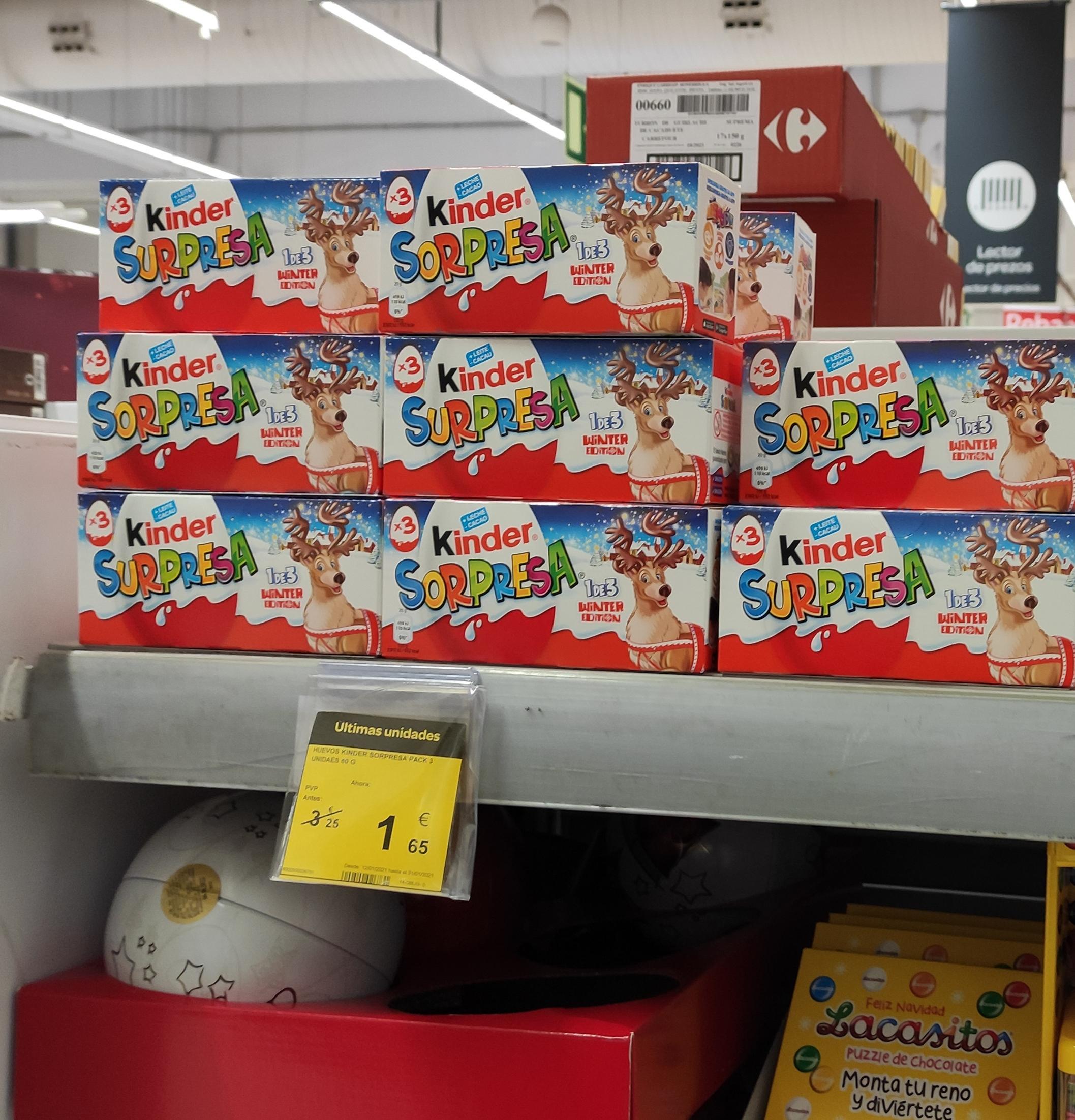 Pack 3 Huevos Kinder Navidad(Carrefour CC travesía de Vigo)
