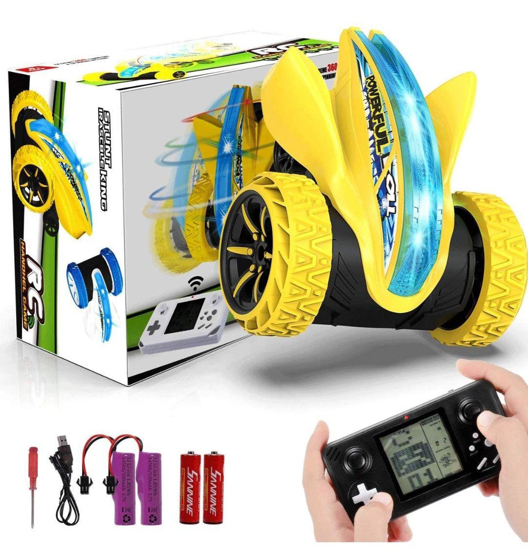 Coche Teledirigido, 4WD 2.4GHz, bateria recargable, giro 360°, acrobacia